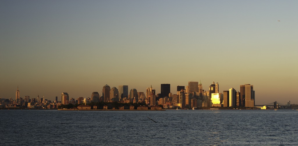 yet another New York skyline picture...